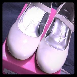 Jessica Simpson Dawn Marie White Patent Shoes